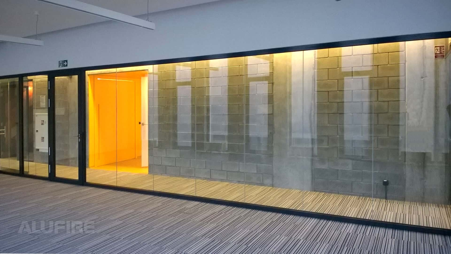 Internal Fire Resistant Glass Partition Ei60 4000mm X 3000mm