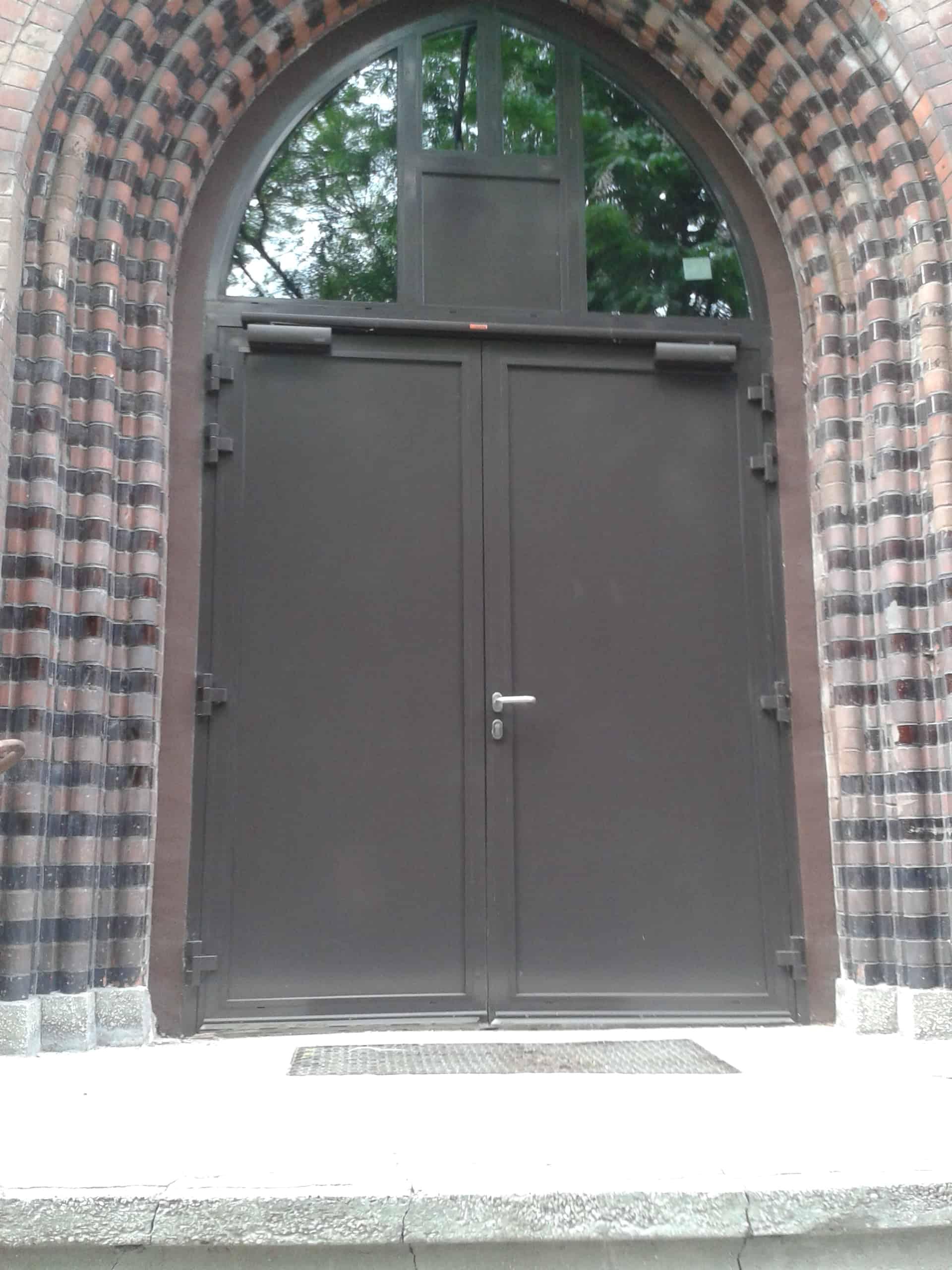 внутренняя противопожарная дверь с огнестойкой панелью Ei60 C5 1800 мм X 2100 мм двустворчатая дверь